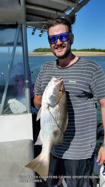 Zac`s 66 cm River Fishing for Fingermark (Golden snapper)