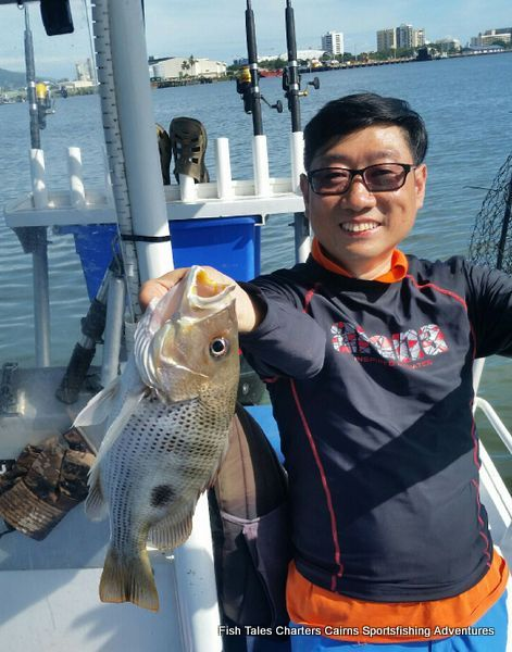 Raymond from Hong Kong with his second Fingermark (Golden snapper)