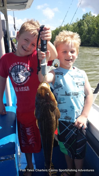 estuary fishing with the kids for flathead
